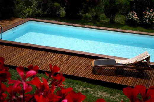Piscine bois piscines en bois fabricant piscines bois en for Piscine encastrable