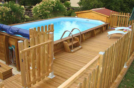 piscine bois piscines en bois fabricant piscines bois en kit piscines spas. Black Bedroom Furniture Sets. Home Design Ideas